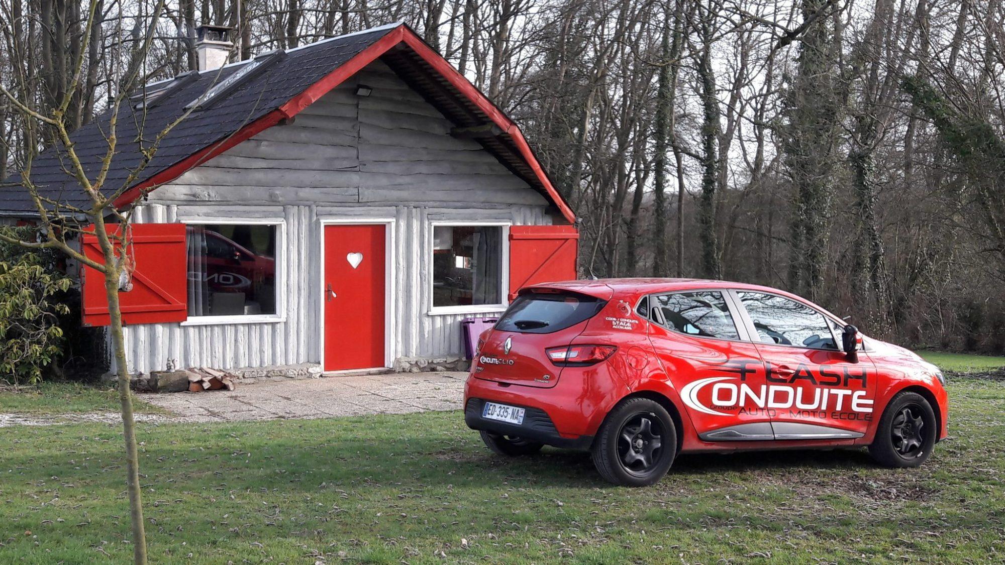 Auto ecole rueil malmaison cheap toujours situe dans for Garage moto courbevoie